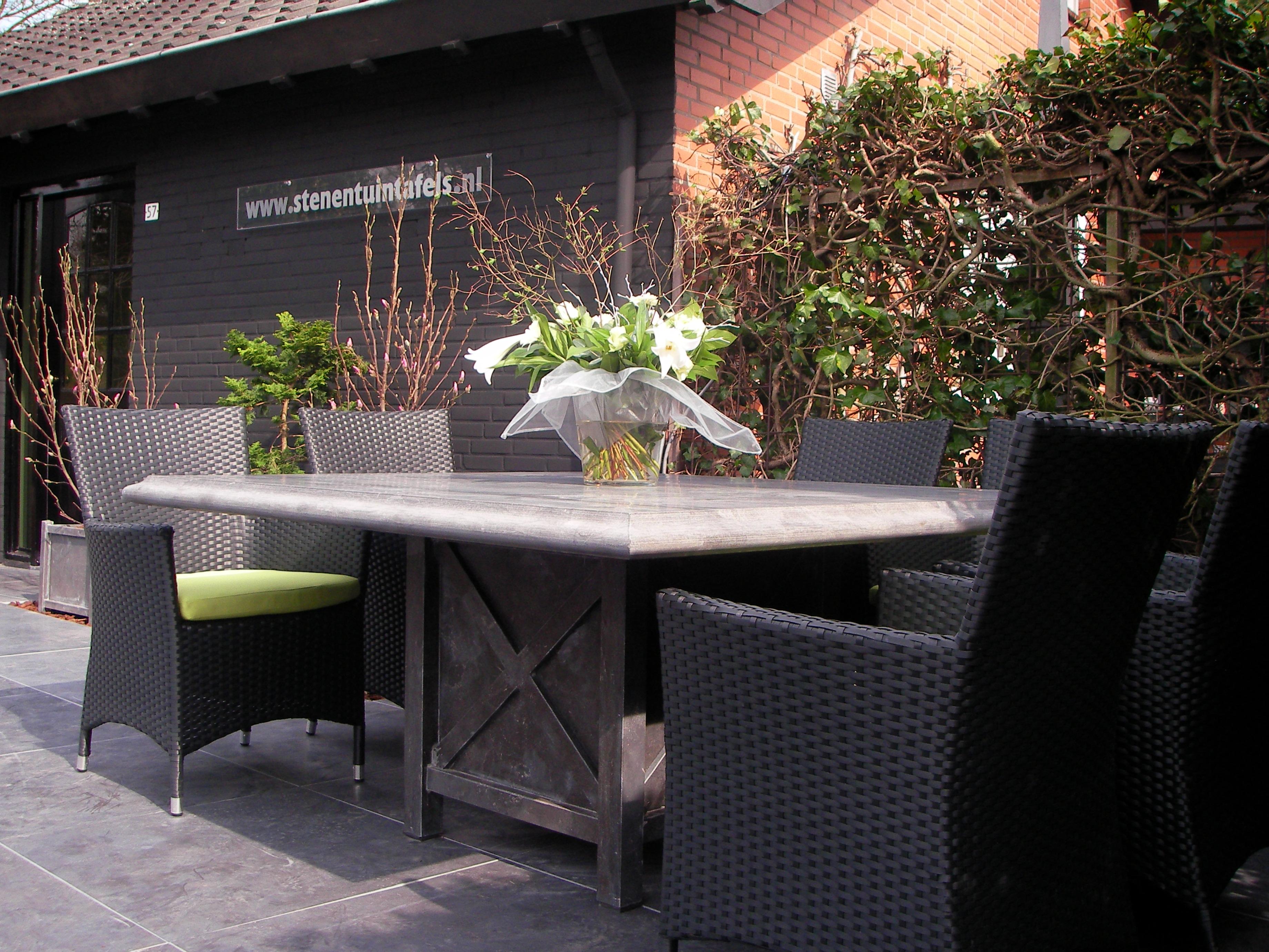Klassieke vierkanten tafel 150 x 150 cm met papegaaien bek rand blad 6 cm