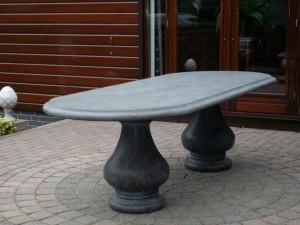 Klassiek Ovale tafel 250 x 100 cm met massieve bolpoten blad 6 cm