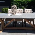 Rechthoekige klassieke stenen tuintafel 230 x 100 cm met eikenhouten onderstel